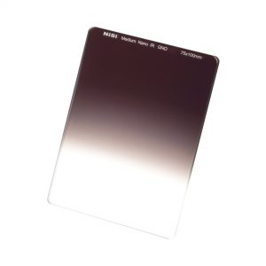 NiSi 75x100mm Nano IR Medium Graduated Neutral Density Filter – ND8 (0.9) – 3 Stop